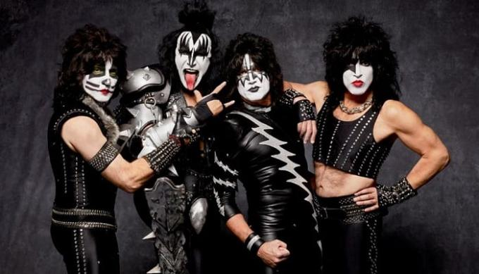 Kiss at INTRUST Bank Arena